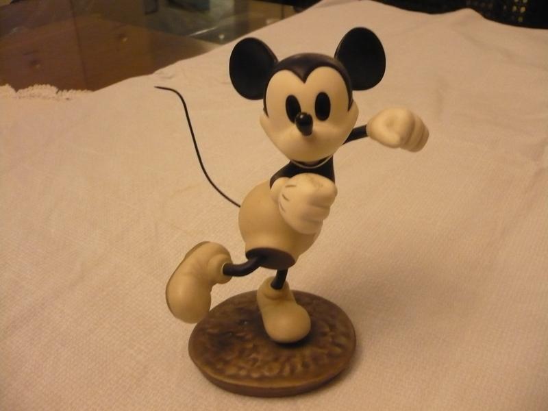 Hey Minnie, Wanna Go Steppin?